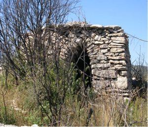 Caseta Pedra seca serra Bassora 1